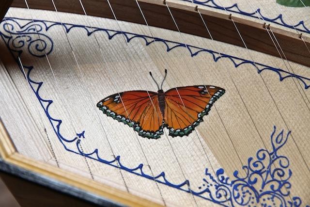 R zangbodem vlinder